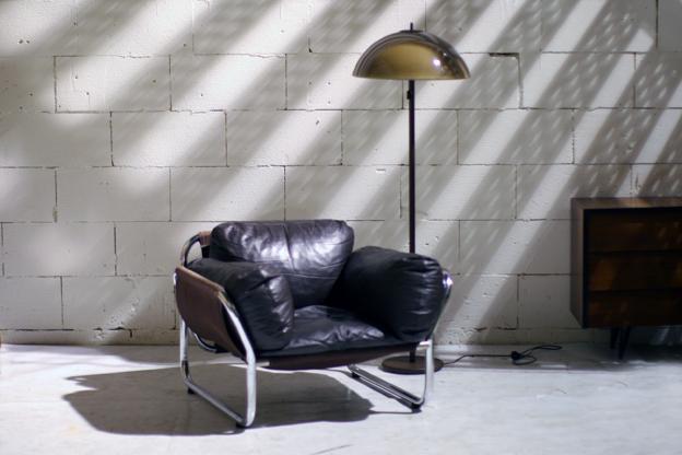 Retro vintage super stoere relax fauteuil bruin leer en chroom