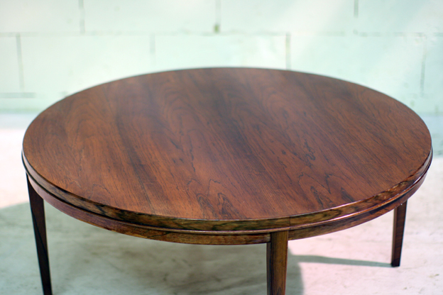 Schitterende retro vintage palissander deens salontafel for Salontafel rond design