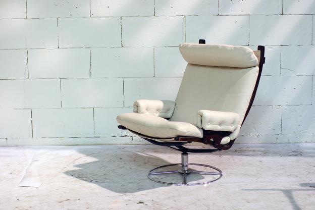 Lederen Relax Draaifauteuil.Fantastische Leren Retro Vintage Relax Fauteuil Dehuiszwaluw