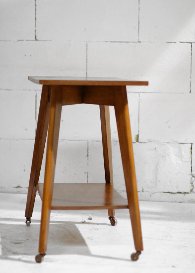 Bistro Tafel En Stoelen : Gave bijzet of tv tafel uit de jaren 60 met ...