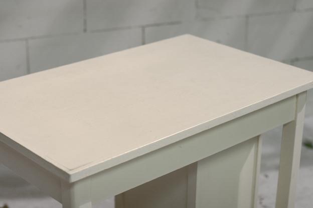 Leuk houten vintage bureau tje met beweegbaar ladeblok for Ladenblok breed