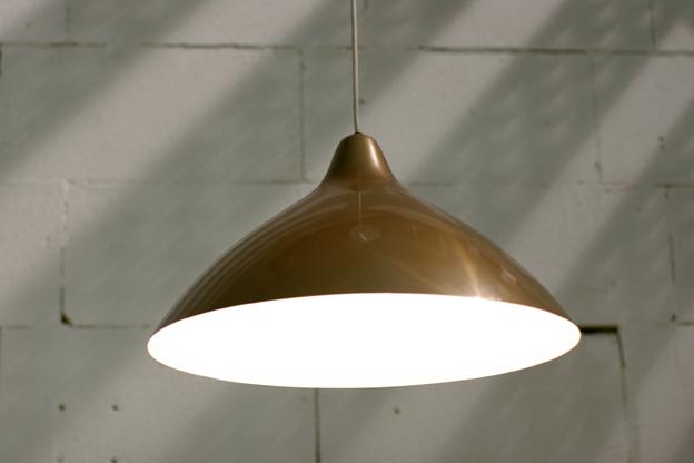 Lisa Johansson Pape Retro Vintage metalen lamp jaren 50 – Dehuiszwaluw