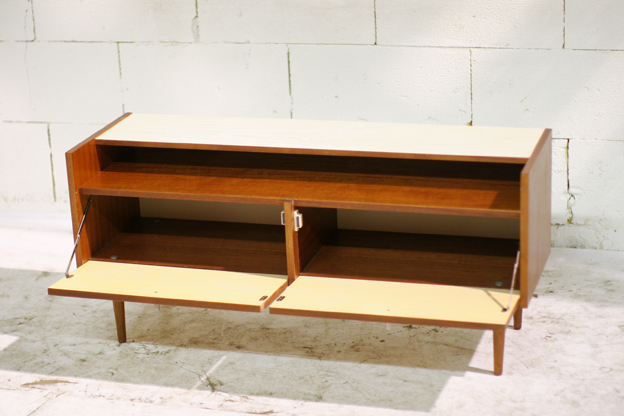 Retro vintage dressoir tje teak en formica jaren 50 60 for Jaren 50 60 meubels