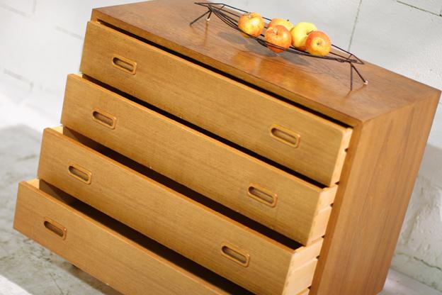 Retro Vintage teakhouten ladekast of dressoir(tje) jaren 60  u2013 Dehuiszwaluw