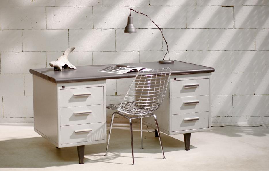 1000 images about gispen vintage on pinterest panama desk chairs and brow - Bureau vintage industriel ...
