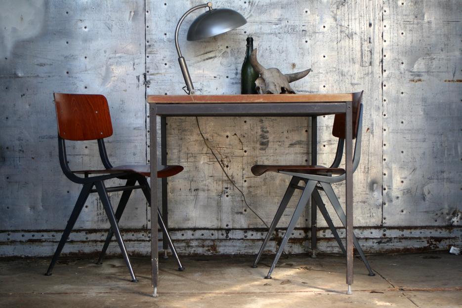 Keukentafel In Hoogte Verstelbaar  Kkr oem stevige ondergrond eettafel in hoogte verstelbare