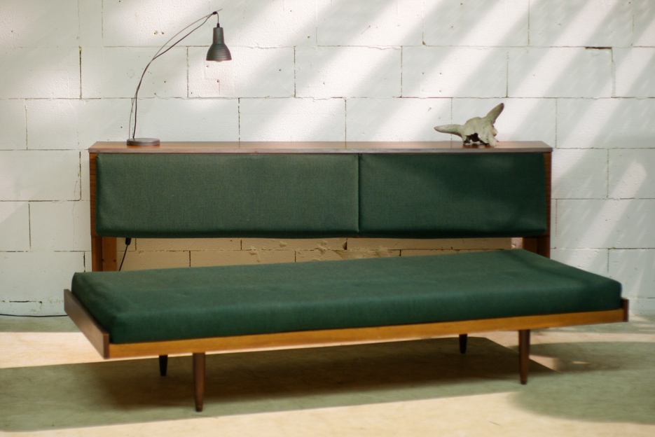 Top Retro Vintage Bank Kast Dressoir En Bed In 1 Meubel