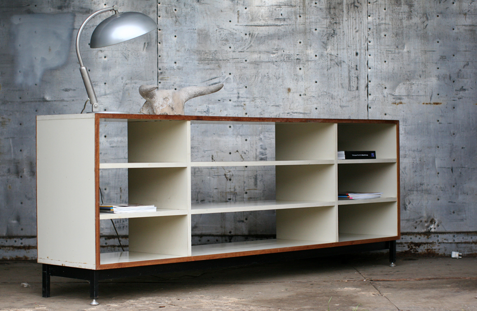 Retro vintage eromes schoolkast dressoir roomdivider dehuiszwaluw - Licht industriele vintage ...