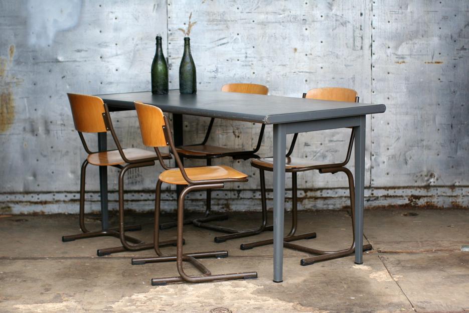 Industrieel vintage a.r. cordemeijer gispen tafel jaren 60