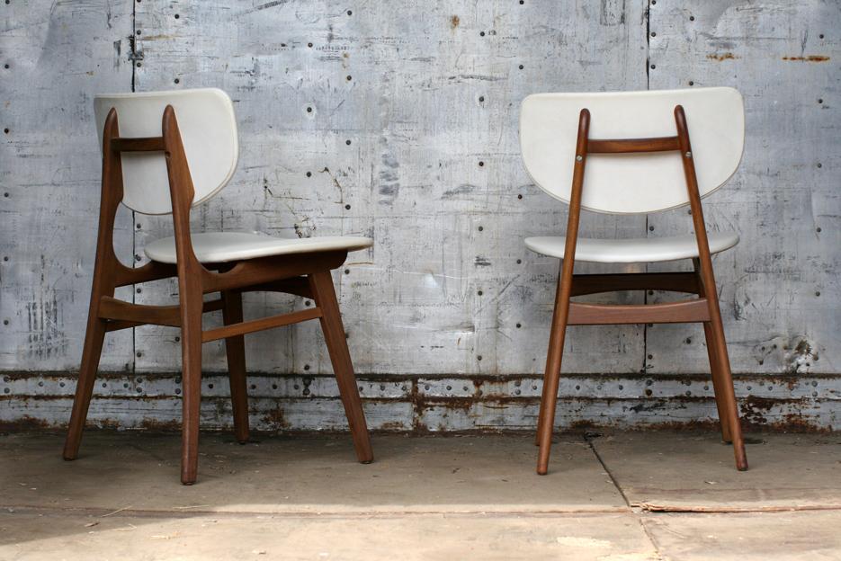 Retro vintage crème wit en teak stoelen jaren u dehuiszwaluw