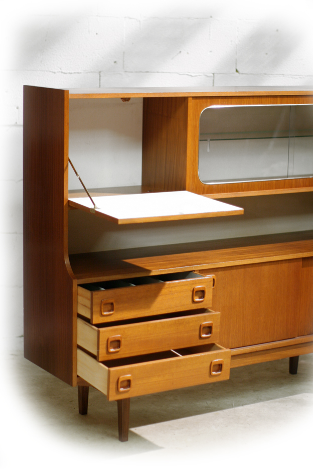 retro vintage highboard dressoir met vitrine jaren 60. Black Bedroom Furniture Sets. Home Design Ideas