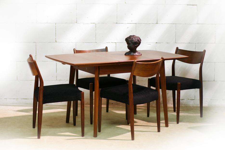 Retro vintage teakhouten eettafel uitschuifbaar jaren 60 for Goedkope eettafel met stoelen