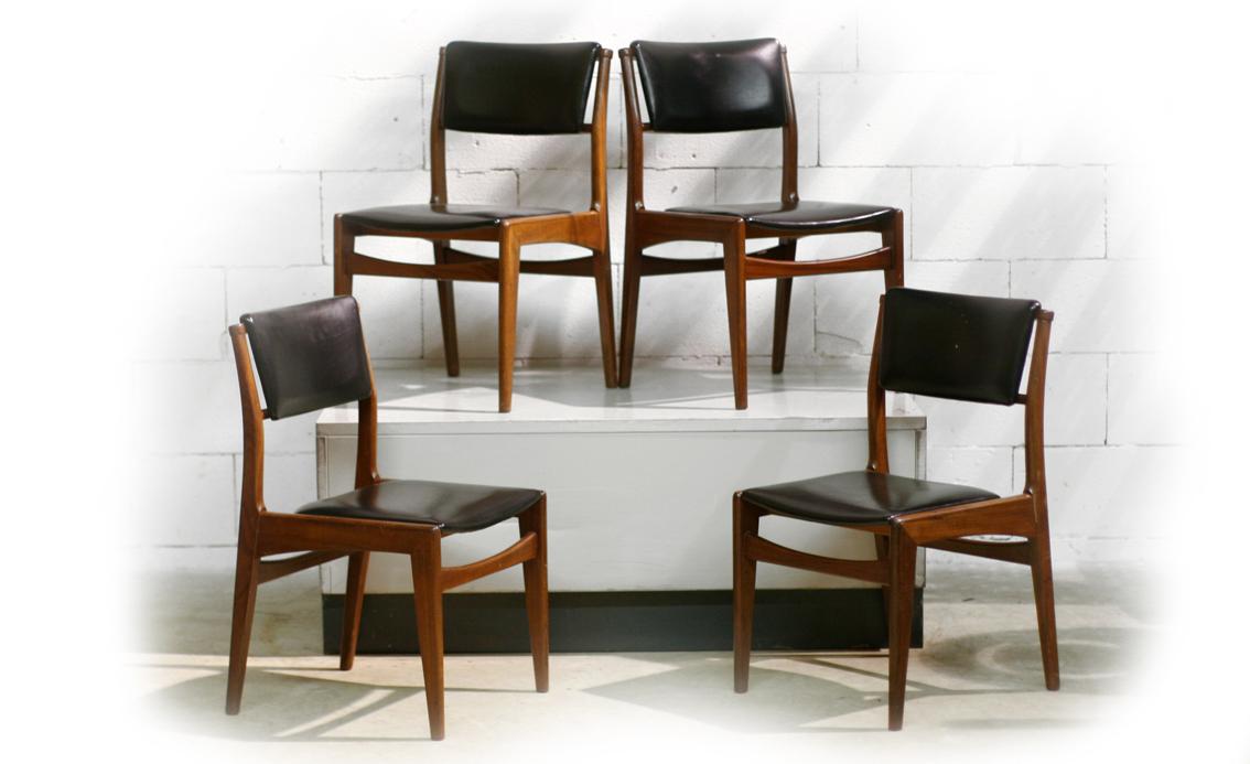 Retro vintage teakhout en zwarte skai stoelen dehuiszwaluw for Vintage stoelen