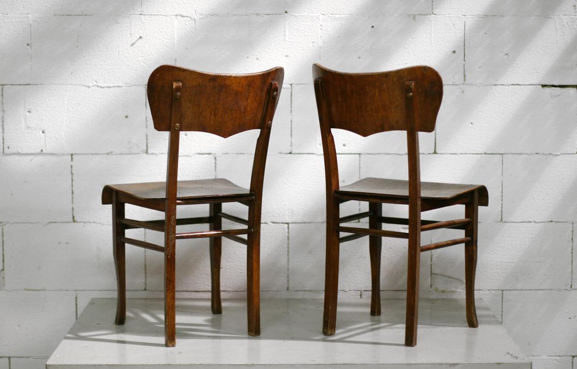 Elegant bijzondere vintage houten stoelen met hartvorm for Horeca tafels en stoelen te koop