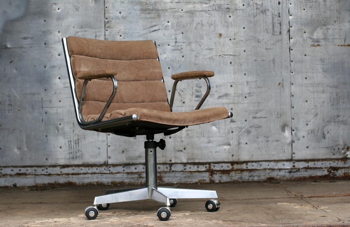 Retro vintage fauteuil op wielen jaren 60 u2013 70 u2013 dehuiszwaluw