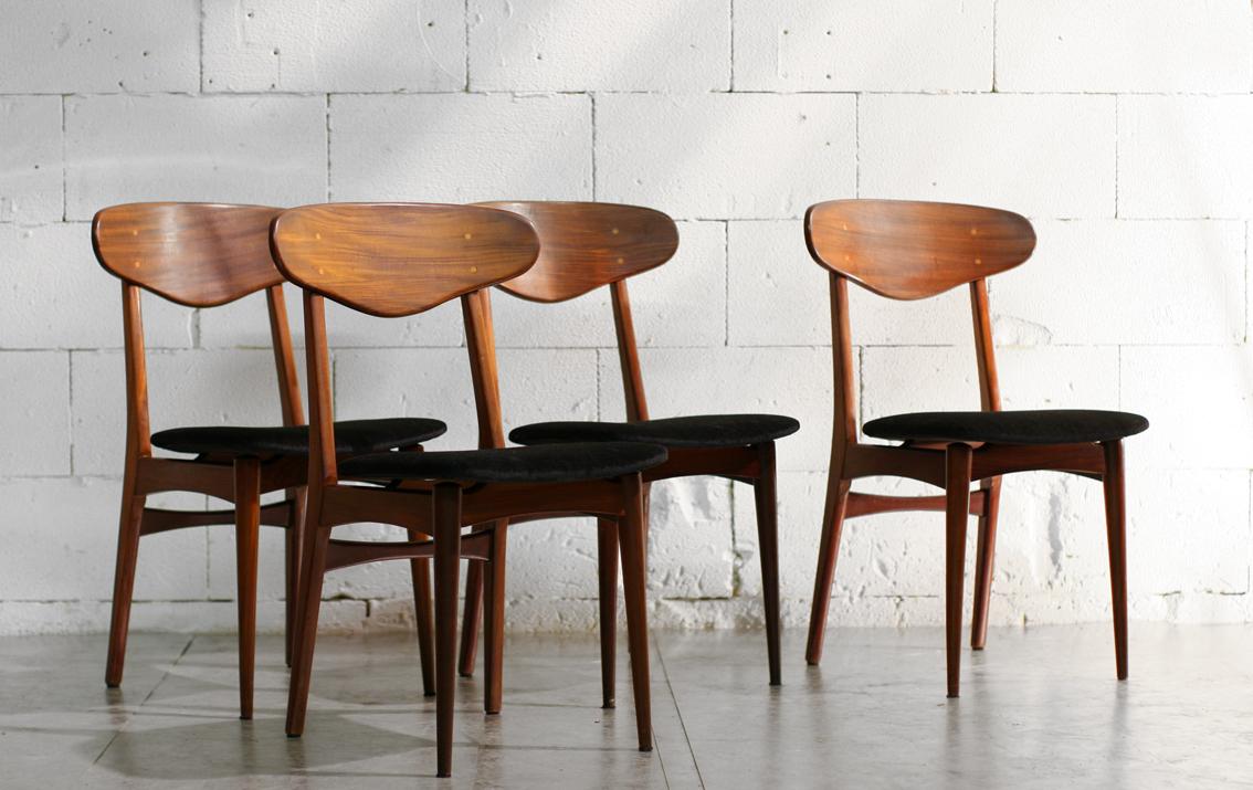 Top retro vintage teakhout stoelen jaren 50 zwarte zitting for Vintage stoelen