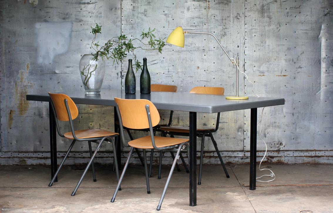 Industrieel vintage gispen strakke xl m jaren tafel