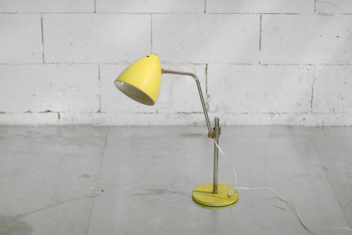 Industrieel Vintage Hala Zeist Lamp jaren 50 – Dehuiszwaluw