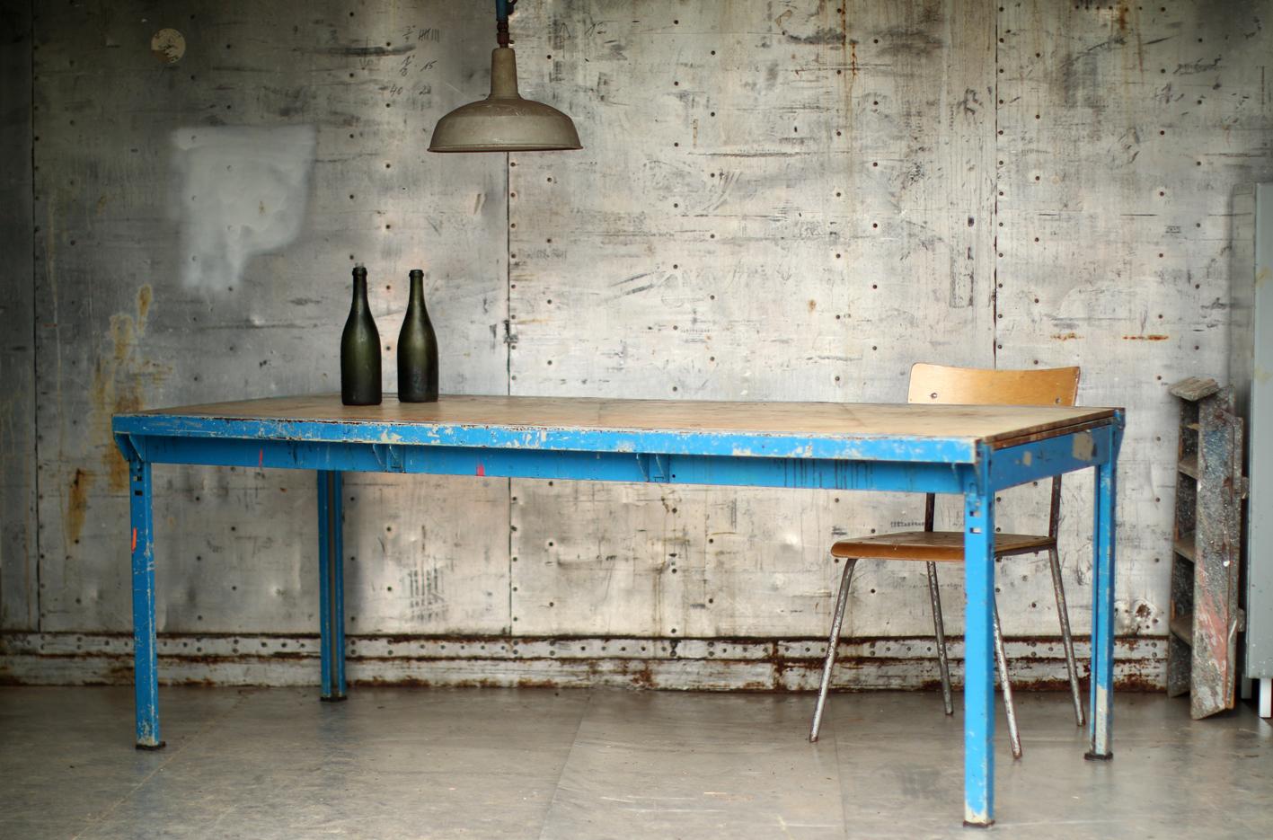 Grote Tuintafel Metaal Hout.Industrieel Vintage Stoere Eettafel Werktafel Metaal En Hout