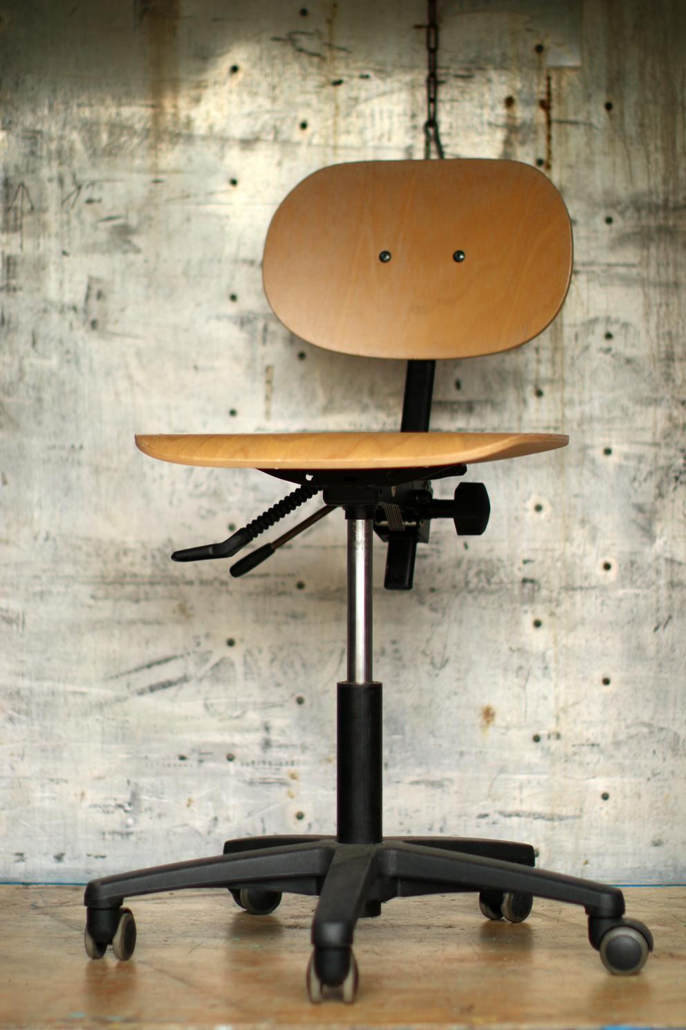Industrieel Vintage bureaustoel in hoogte verstelbaar : Dehuiszwaluw