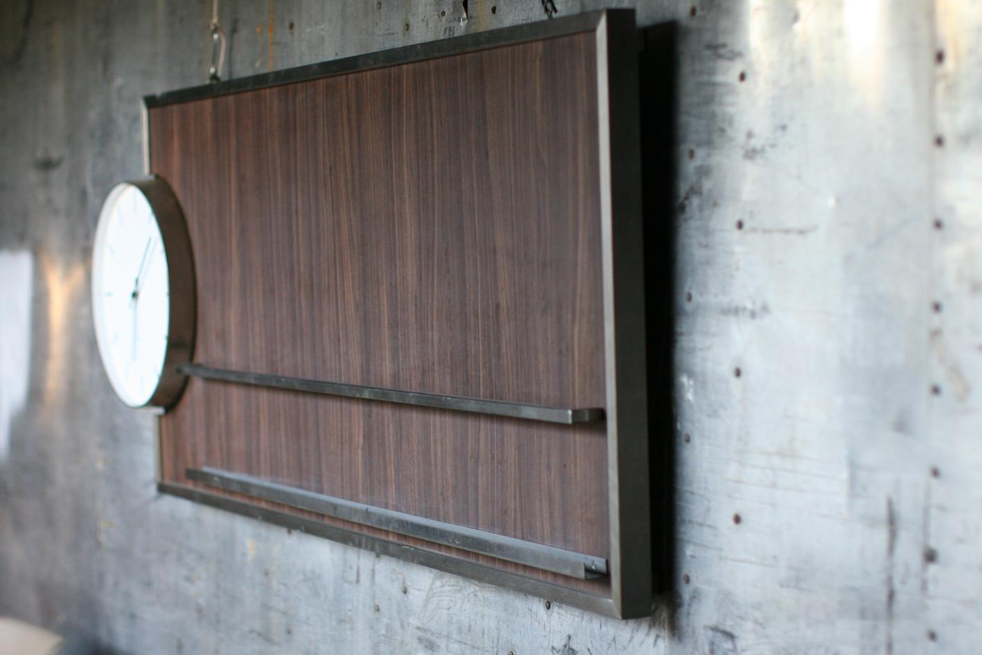 Fonkelnieuw Retro Vintage Klok en Magazinehouder Bijzonder object – Dehuiszwaluw DZ-13