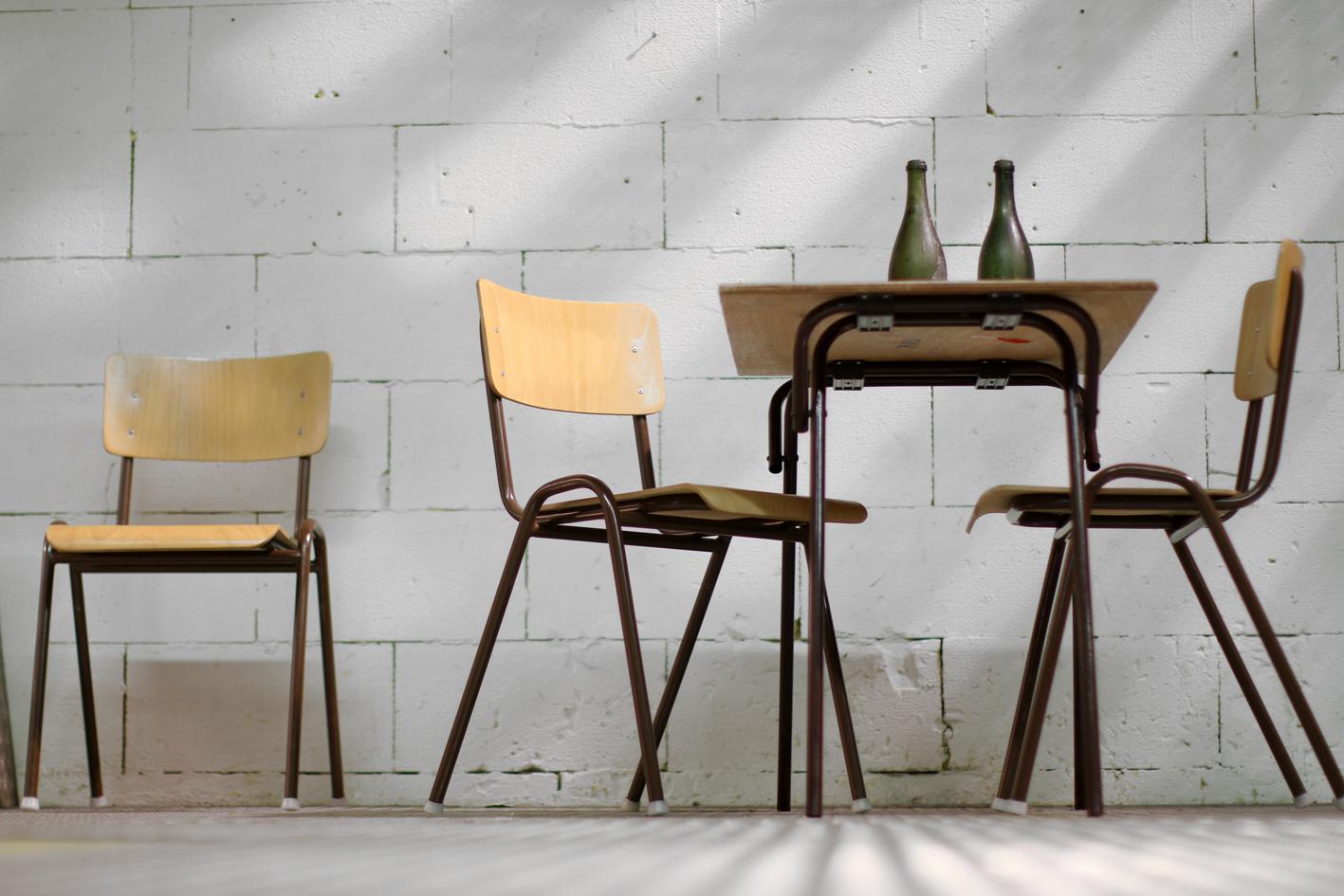 Retro school stoelen metalen stoelen vintage j vintage industri le metalen stoel retro friso - Licht industriele vintage ...