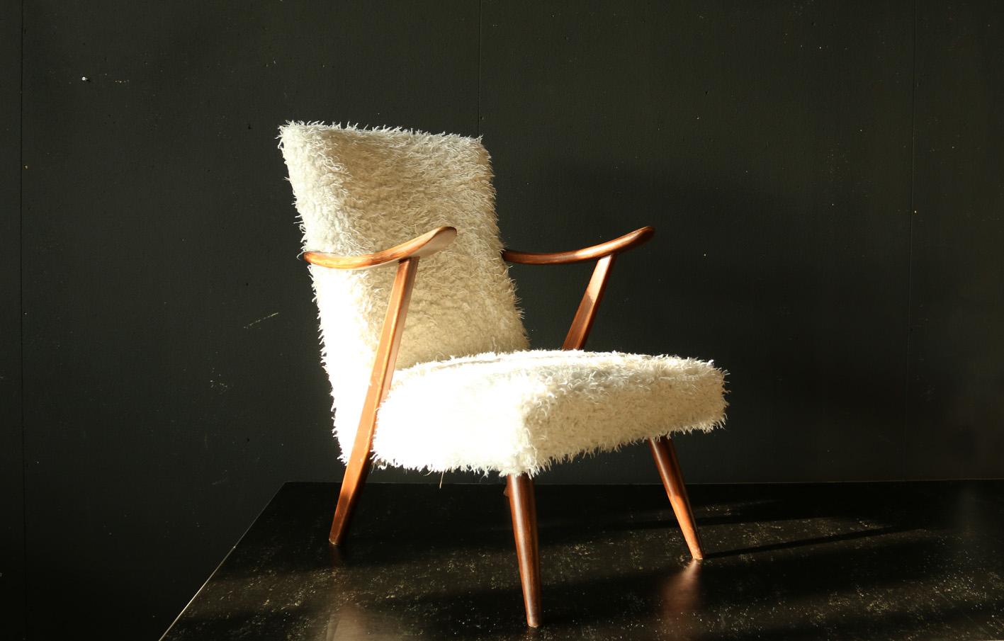 Schapenvacht Over Stoel : Super vormen retro vintage fauteuil teakhout en schapenvacht