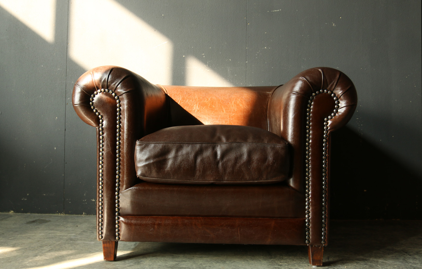 retro vintage xl chesterfield dik leren fauteuil dehuiszwaluw. Black Bedroom Furniture Sets. Home Design Ideas