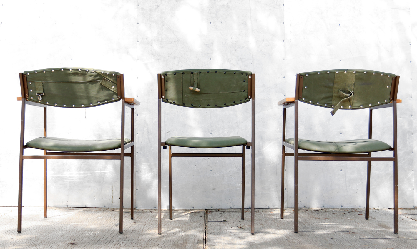 Stoer Industriele Eetkamerstoelen : Industrieel vintage stoere legertent army stoelen uniek u2013 dehuiszwaluw