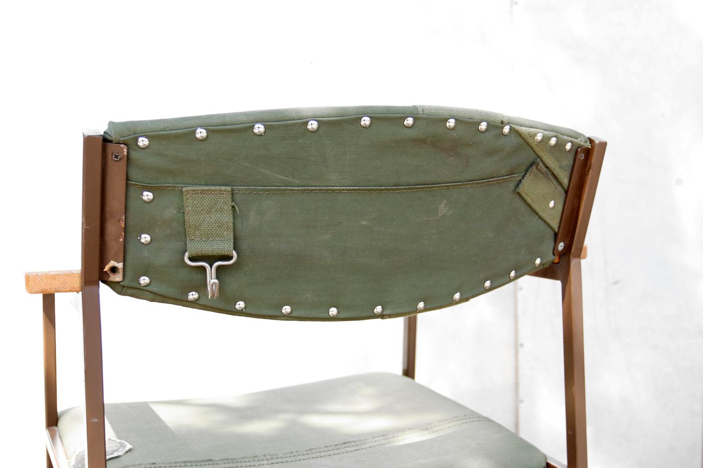 Industriele Vintage Stoelen.Industrieel Vintage Stoere Legertent Army Stoelen Uniek