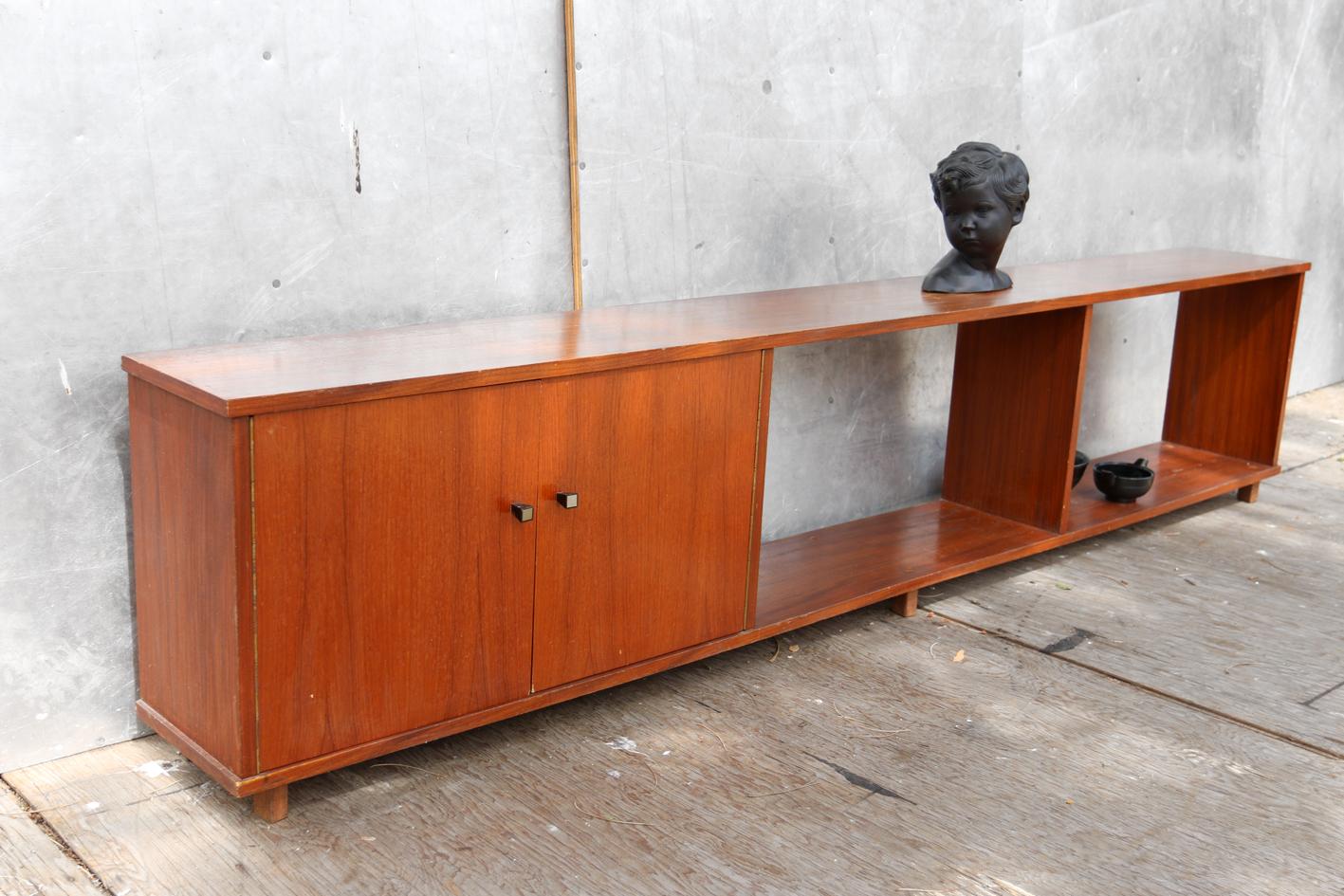 Jaren 60 Meubels : Retro vintage strak lang laag dressoir jaren 60 teakhout u2013 dehuiszwaluw