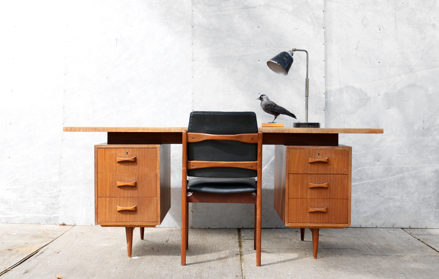 xl retro vintage directie bureau teak jaren 60 dehuiszwaluw. Black Bedroom Furniture Sets. Home Design Ideas