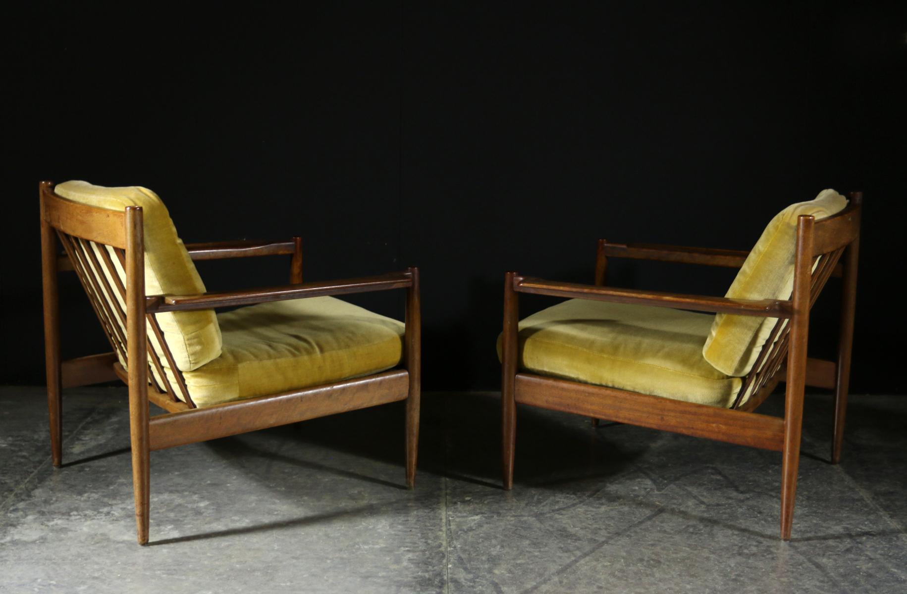 Top vintage design teakhout fauteuils jaren 50 for Mooie design fauteuils