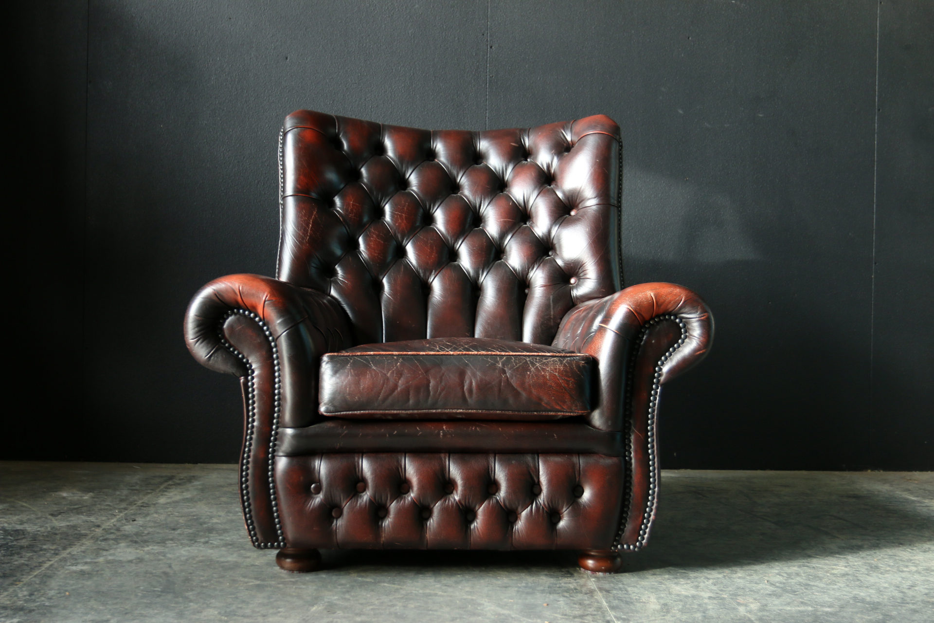 Rode Leren Chesterfield Bank.Chesterfield Dehuiszwaluw