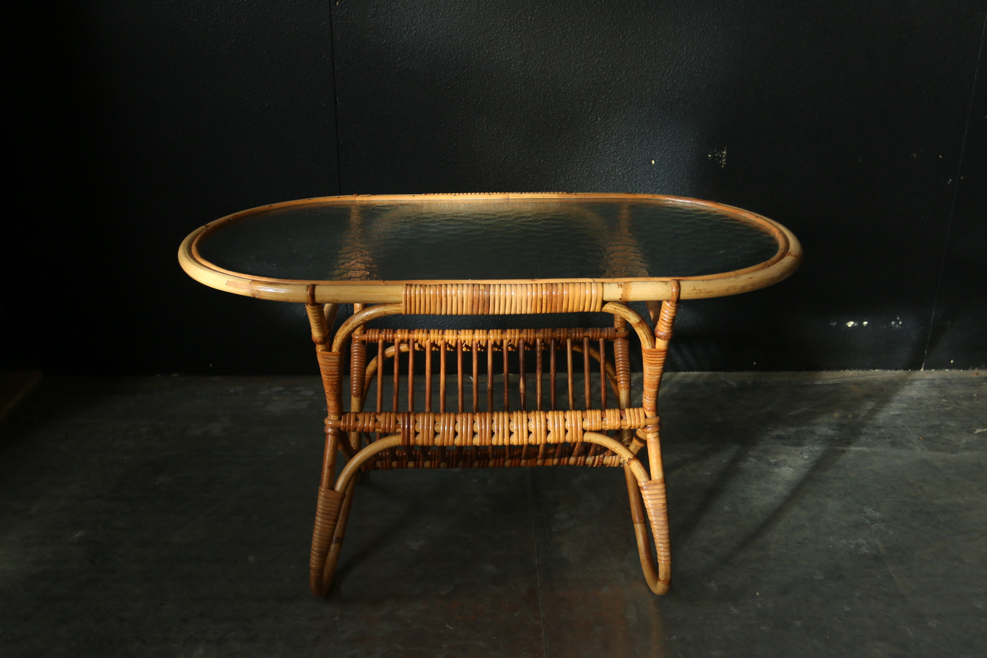 Retro vintage rotan bijzettafel jaren 50 dehuiszwaluw - Rotan stoel van de wereld ...