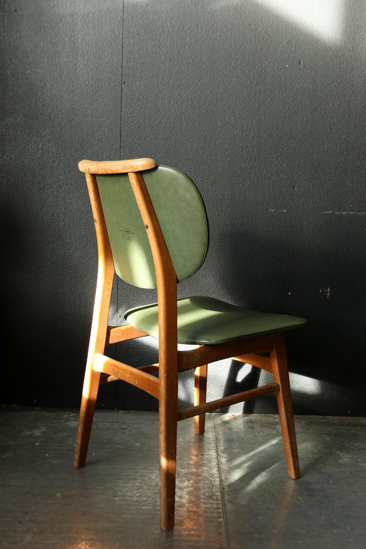 retro vintage stoel groene skai en hout jaren 60