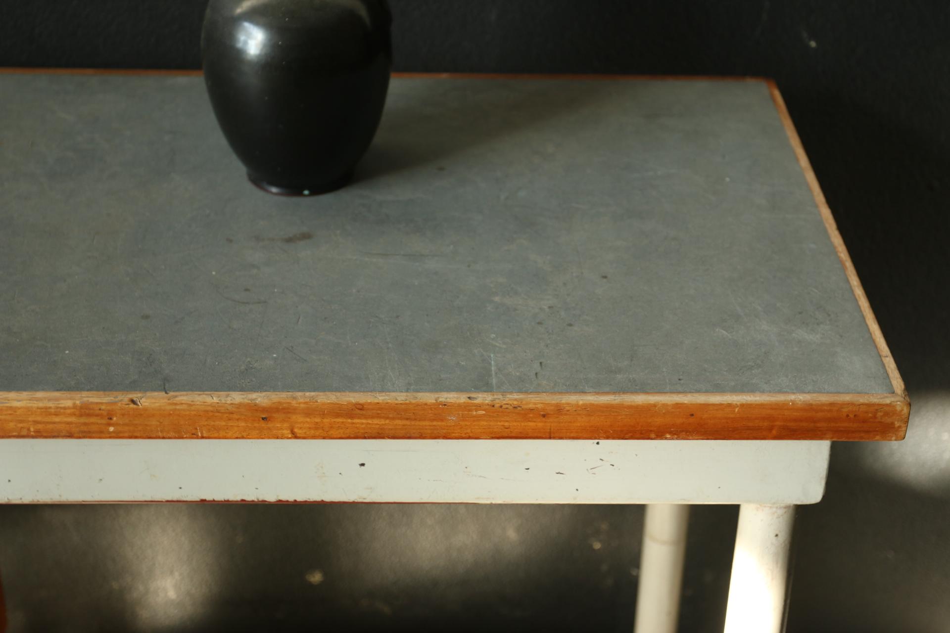 Halfronde Tafel Sidetable : Sidetable u2013 dehuiszwaluw